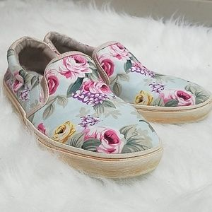 SALE 🌺 Stitch Fix Miz Mooz Floral Slip on Sneaker